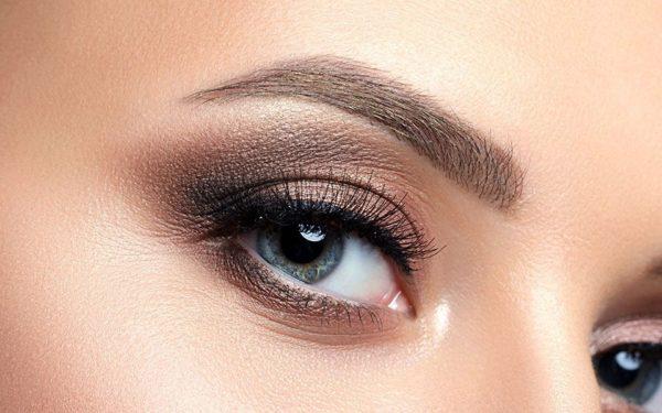 Sombras yanbal – ¿Cómo maquillar ojos pequeños?